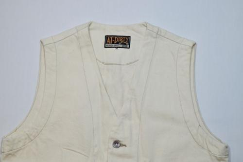 AT-DIRTY WORKERS VEST  IVORY(アットダーティク・ワーカーズベスト・アイボリー)